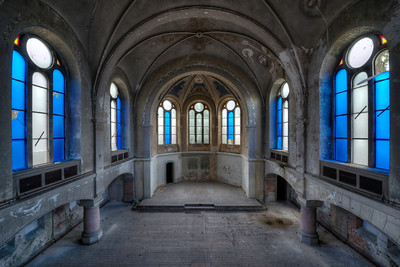 Ice - The blue windows in this former chapel create an eerie atmosphere
