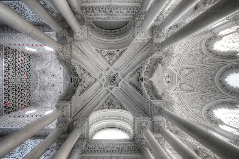 In Extremo - Another ceiling shot of this abandoned castle